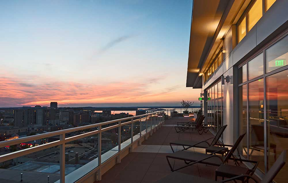 Ovation 309 Luxury Apartment Downtown Madison
