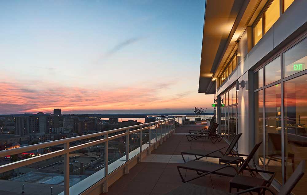 Ovation 309 Luxury Apartment Downtown Madison