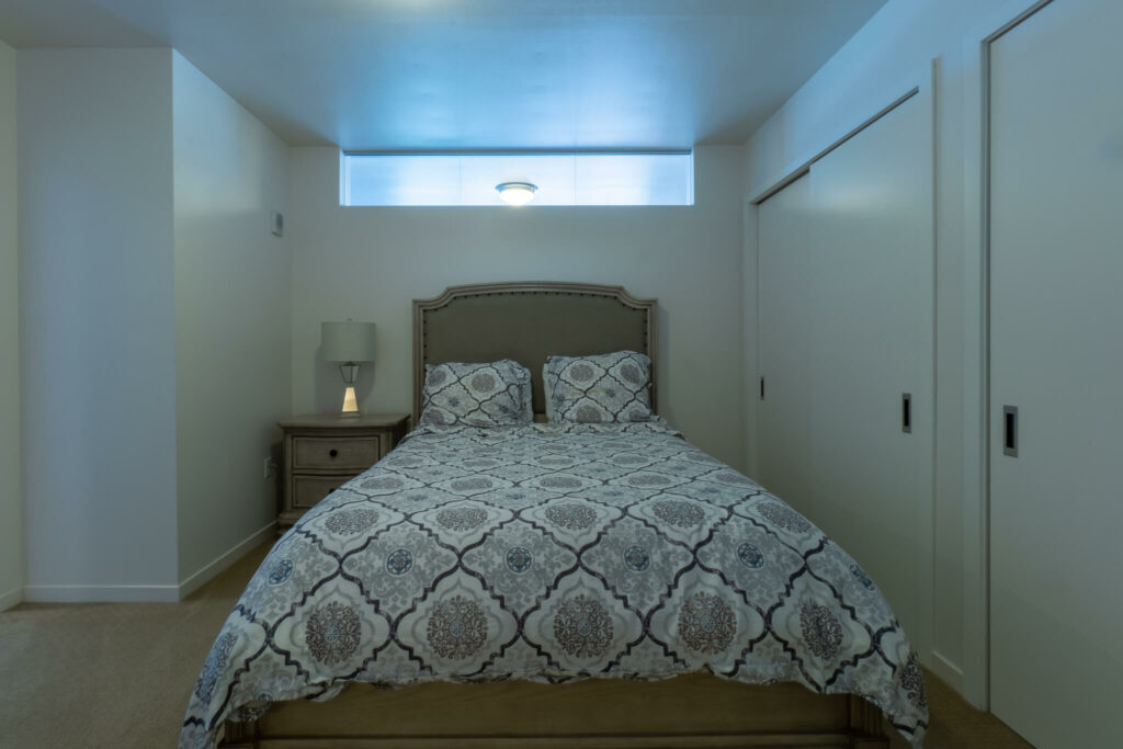 bed-in-bedroom-downtown-madison
