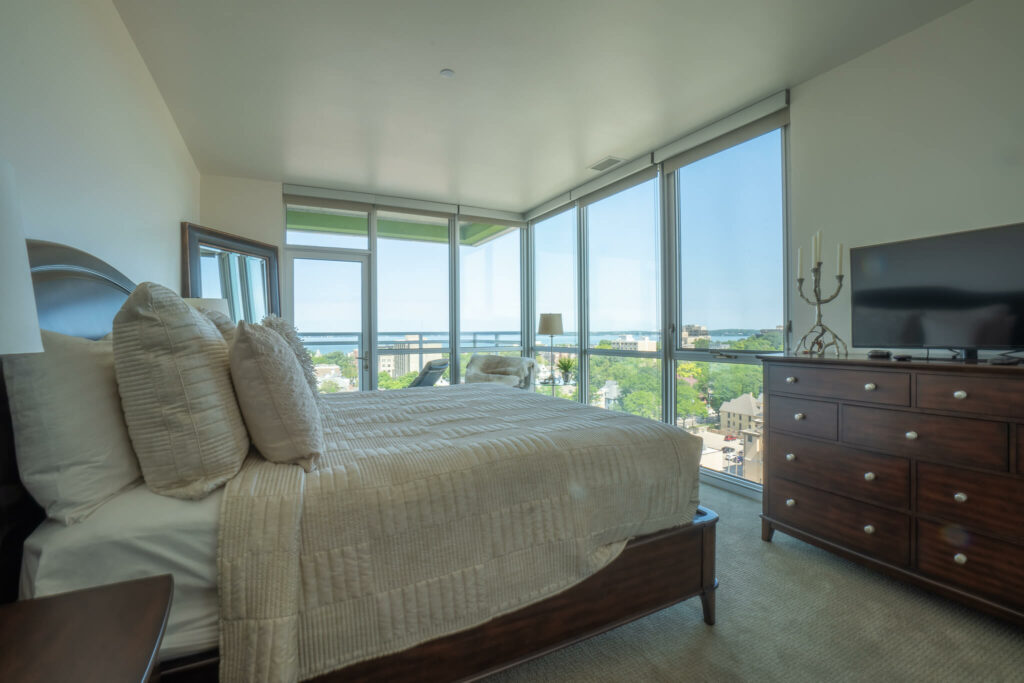 bedroom-with-lake-views-and-patio
