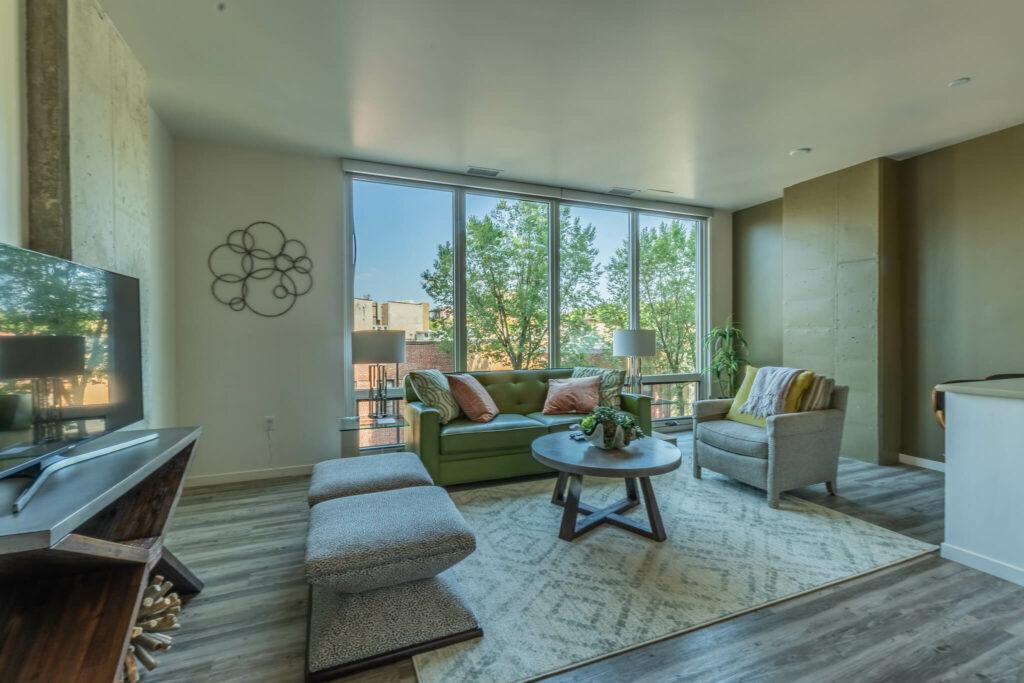 guest-suite-living-room-1
