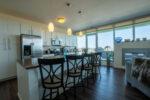 kitchen-floor-to-cieling-windows