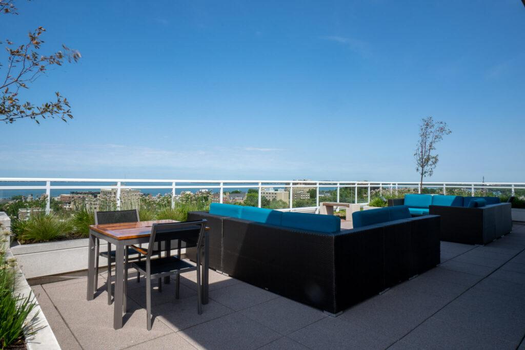 sky-club-seating-lake-view