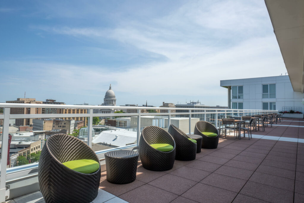 sky-lounge-capital-view-madison-wi